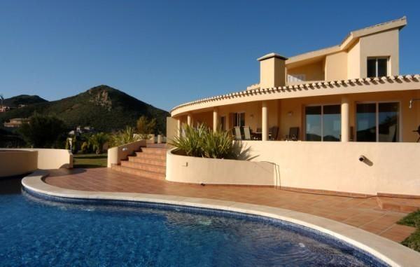 Looking for a special offer to rent a villa at La Manga Club ? If so then Design Holidays have a wide selection of over 200 villas to rent at […]